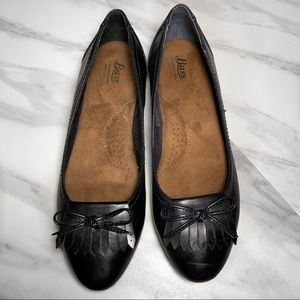 Black Bass Leather Loafers Flats with Bow Details